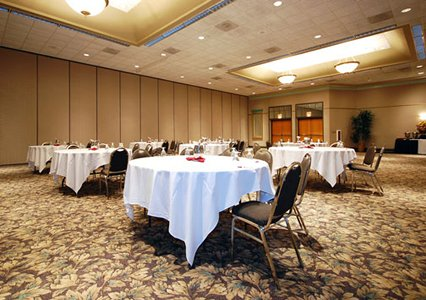 Clarion Hotel Milwaukee Banquet Hall