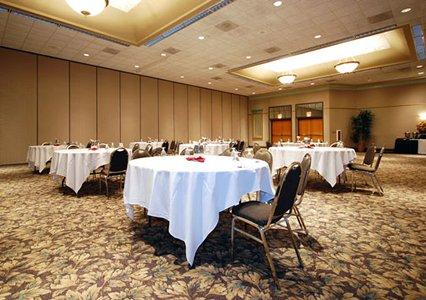 Clarion Hotel Milwaukee Banquet Hall