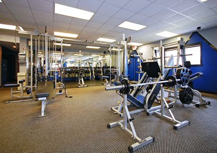 Clarion Hote Milwaukee Mitchell GYM